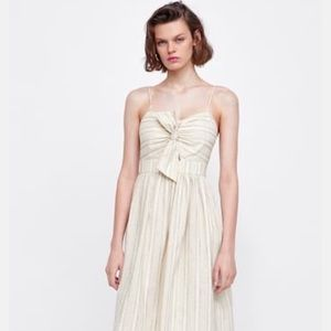 3/$40- Zara Bow Sundress with Cut out (xs)